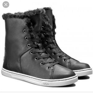 Ugg coft luxe quilt sneaker boots